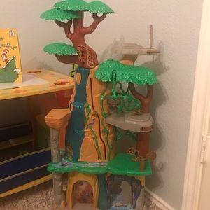 Lion Guard jungle house